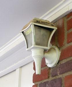 Decrepit light fixture